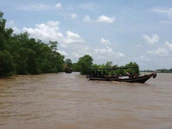 Mekong River Cruise: Rio Mekong