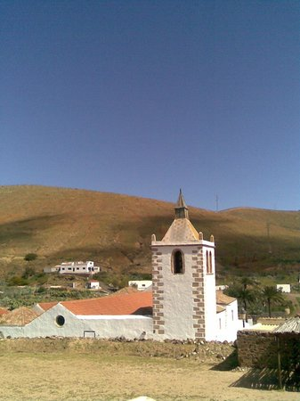 Casa Princess Arminda : View of the church from the upper terrace