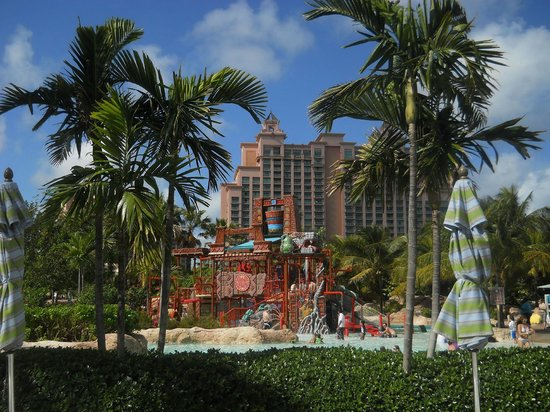Atlantis, Beach Tower, Autograph Collection: A Children's Pool