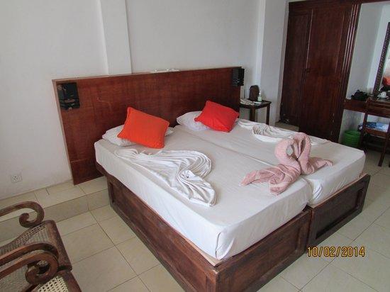Hotel Lanka Supercorals: Вот так украшают постель