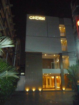 Chern Hostel: fachada do hostel