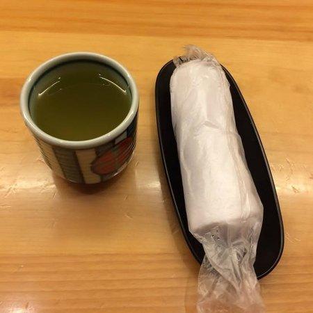 Jinsaku: お茶とおしぼり