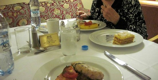 Moscow Marriott Grand Hotel : Room service