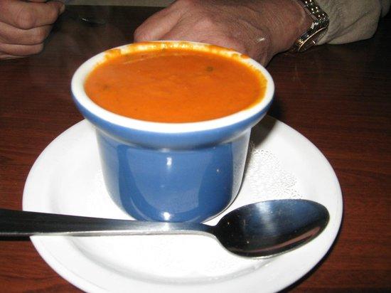 Mimi's Cafe: Recommend tomato basil soup