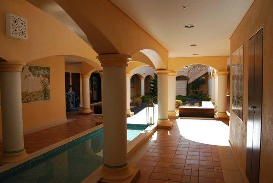 Vale d'Oliveiras Quinta Resort & Spa: Caminho para os quartos