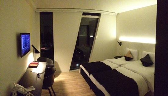 AC Hotel by Marriott Bella Sky Copenhagen: Great room size!