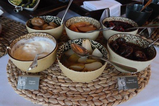 Gaia Retreat & Spa: Breakfast condiments