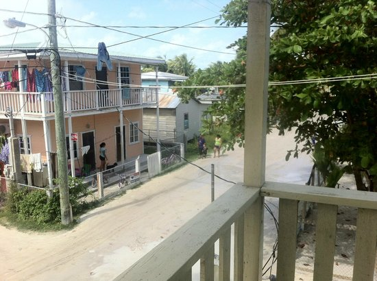 Raul's Rooms & Apartments: view from the porch