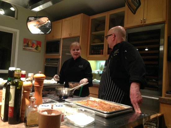 EVOO Cannon Beach Cooking School: Lenore & Bob
