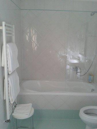 Room Mate Luca : Bathroom room 310