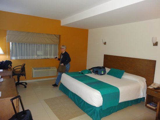 La Venta Inn Hotel : Business class hotel...a good way to start a Mexico trip.