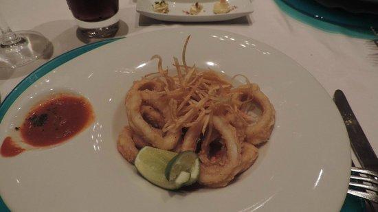 Iberostar Grand Hotel Paraiso: Calamari at Venecia