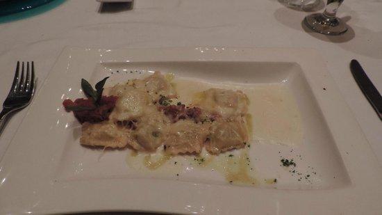 Iberostar Grand Hotel Paraiso: Ravioli at Venecia