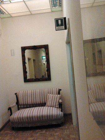Palace Hotel: Couloir à l'étage