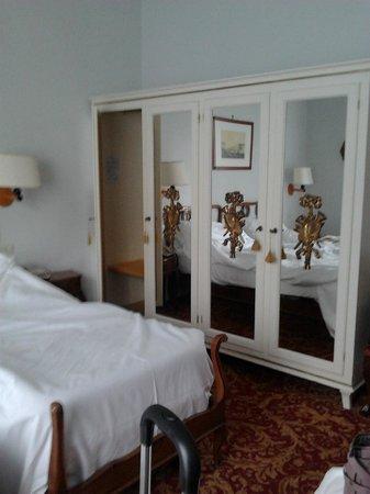 Palace Hotel: La chambre