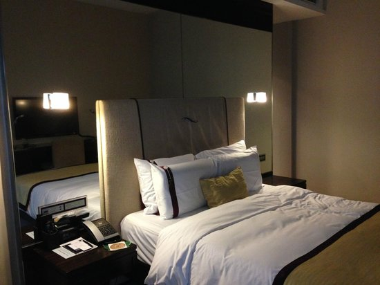 Hotel Panorama by Rhombus : bed