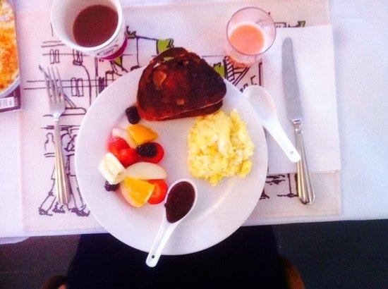 Auberge La Chocolatiere: My choice of breakfast - yumm!!!