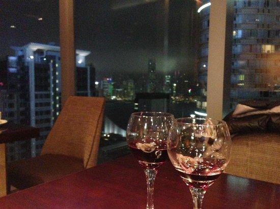 Hotel Panorama by Rhombus : aperitivo al rhombus club, 38 piano con vista