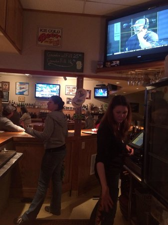 Placerville Brewing Company : Lots of sports