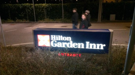 Hilton Garden Inn Venice Mestre San Giuliano: Sign on Via Orlanda