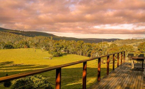 Duckmaloi Park Lodge: Outside View