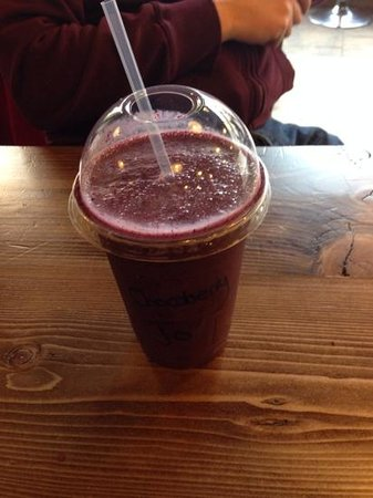 The Core Swindon: large chocoberry smoothie