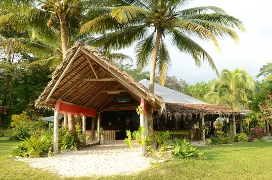 Lonnoc Beach Bungalows: Restaurant
