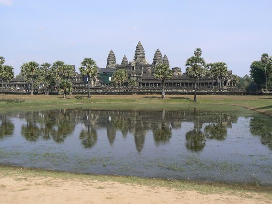 Angkor Wat: with reflection