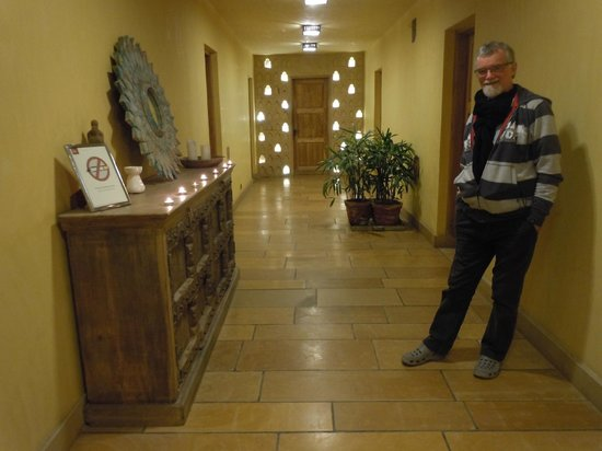 1st Gate Home- Fusion: Hallway