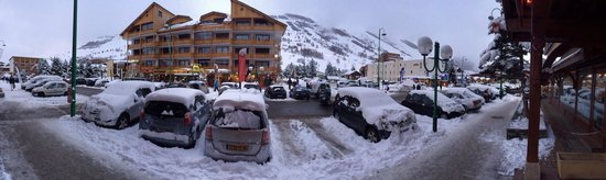 Brunerie Hotel: View from front door of hotel