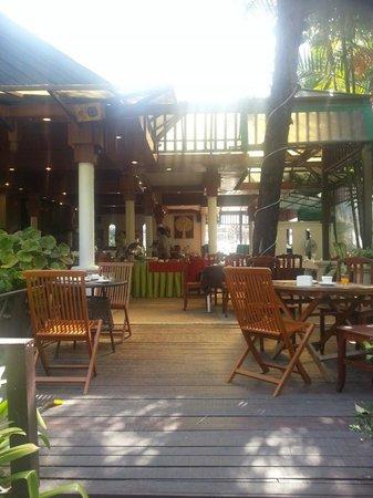 The Viridian Resort : Breakfast area