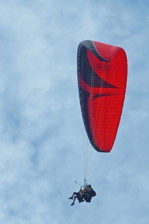 Everest Paragliding: Tandem parasailing flight