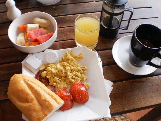 Kampot Riverside Hotel : Breakfast