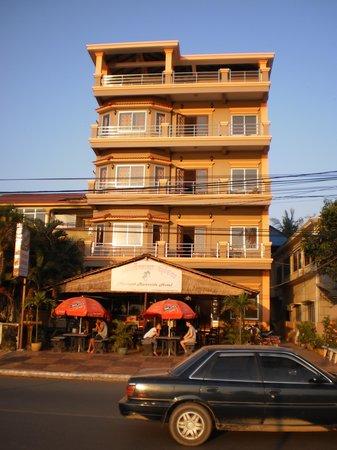 Kampot Riverside Hotel : Hotel