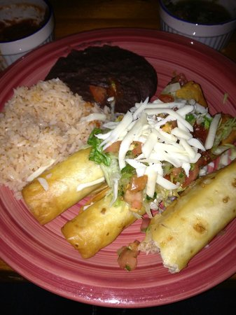 Acapulco Delight Restaurant: Chimichangas, rice and beans