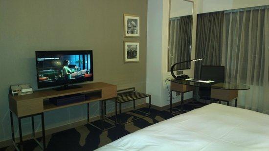 Pullman Kuala Lumpur Bangsar : tv...