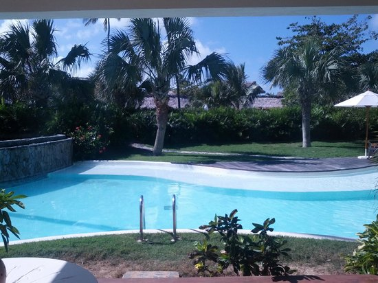 Zoetry Agua Punta Cana: Pool from walk out