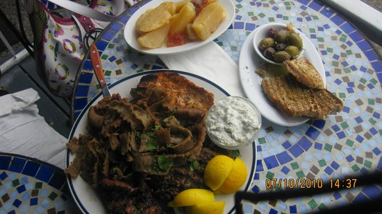 Stamna Greek Taverna: Meat platter