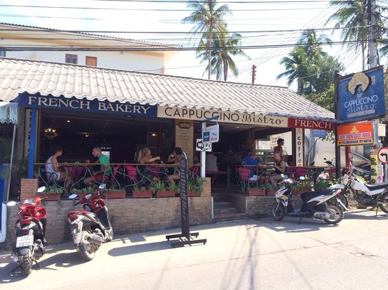 Cappuccino Bakery & Coffee House: Cappuccino at Ko Tao