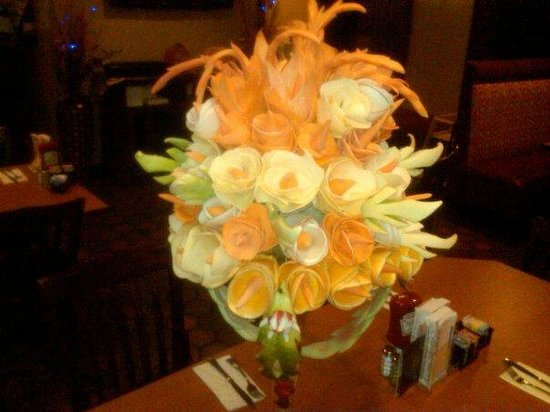 Franklin Cafe and Grill : edible arrangements