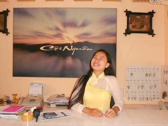 Coi Nguon Phu Quoc Hotel: reception with a smile