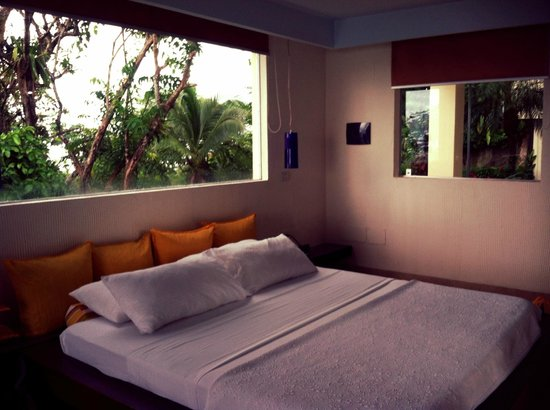 La Mariposa Hotel: Loved the simple and modern decor in the newer rooms.