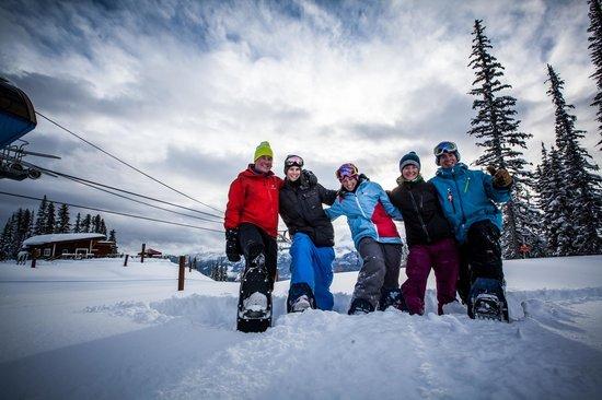Revelstoke Snowshoe Company: Tours include a gondola ride.