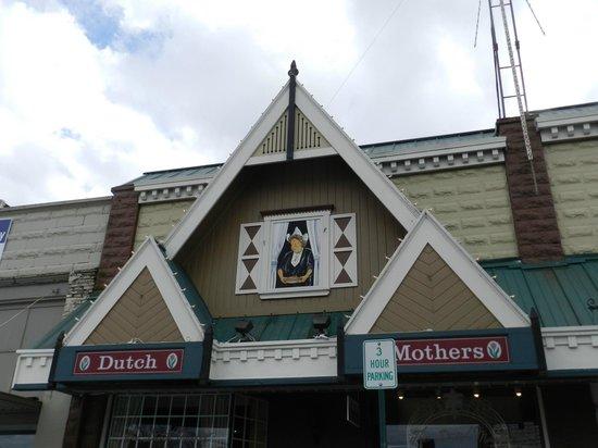 Dutch Mothers Family Restaurant: street view