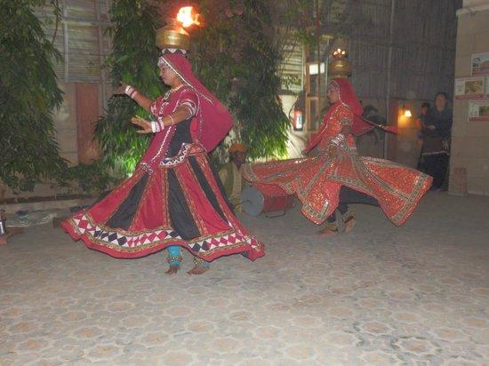 Suryaa Villa: Rajasthani dancing at the hotel