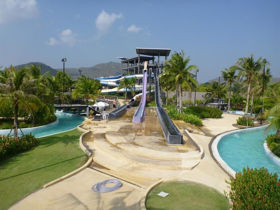 wave pool - Picture of Black Mountain Water Park, Hua Hin - TripAdvisor