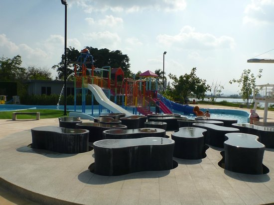 Black Mountain Water Park: kids area