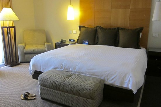 Radisson Blu Plaza Hotel Sydney: our bedroom