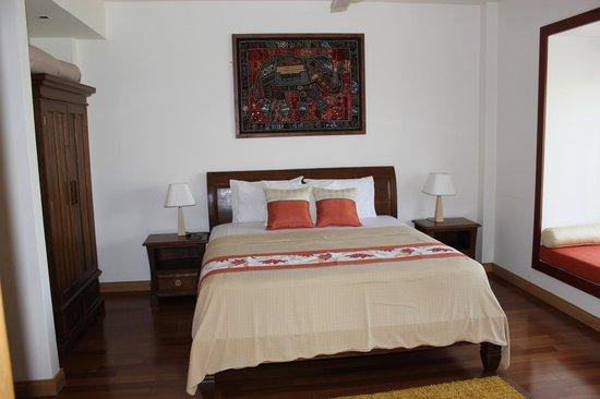 Blue Lagoon Resort Hua Hin: master bed