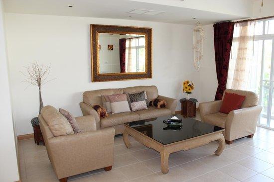 Blue Lagoon Resort Hua Hin: lounge area